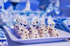 Olaf de Beijinho de Coco da Festa Frozem Decor Sueli Coelho