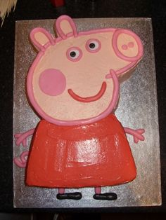 peppa pig - mostly frosting rather than fondant