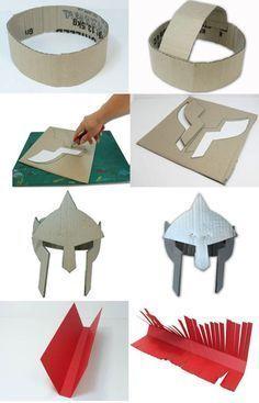 Como hacer un casco de gladiador con carton - Roman Soldier Helmet, Roman Soldier Costume, Roman Helmet, Cardboard Costume, Cardboard Crafts, Paper Crafts, Diy For Kids, Crafts For Kids, Gladiator Helmet