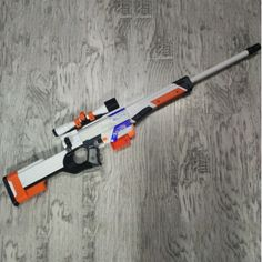 Nerf Rifle, Arma Nerf, Rifles, Minecraft Bedroom Decor, Modified Nerf Guns, Cool Nerf Guns, Laser Tag Party, Nerf Toys, Minecraft Toys