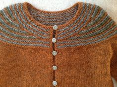 Ravelry: majasiska's ruststonemoss ~ version of  Lopi Affection by Hélène Magnússon  ... Worked bottom up and seamless