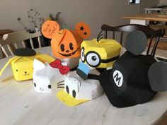 Character of drawing paper Character of hall DIY ♪ Halloween costume ♪ Easy way to make various hats from Disney to Sanrio ♪ Let's make costumes for Halloween with handmade costumes ⑨ Halloween Crafts For Kids, Crafts For Kids To Make, Easy Crafts, Diy And Crafts, Kids Crafts, 3d Paper Crafts, Paper Toys, Diy Paper, Easy Halloween Costumes