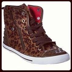 What's not to love? #rue21 #leopardprint #studs #shoes    Click here to follow rue21 on Instagram: http://statigr.am/rue21official