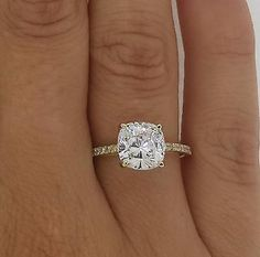 2.5 CT VS2/F CUSHION CUT DIAMOND SOLITAIRE ENGAGEMENT RING 14K YELLOW GOLD
