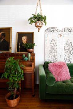 Eclectic spring home decor tour