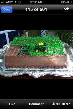 Awesome tractor cake idea for my John Deere girl's birthday! Tractor Birthday Cakes, Tractor Cakes, Farmer Birthday Cake, Tractor Cupcake Cake, Country Birthday Cakes, Cake Cookies, Cupcake Cakes, Farm Cake, Bon Dessert