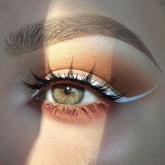 Orange smokey eye with white eyeliner Orange smokey eye with white eyeliner – Das schönste Make-up Makeup Goals, Love Makeup, Makeup Inspo, Makeup Art, Makeup Inspiration, Makeup Ideas, Gorgeous Makeup, Makeup Tips, Makeup Geek