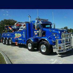 Kenworth custom T800 twin steer 75 ton Rotator