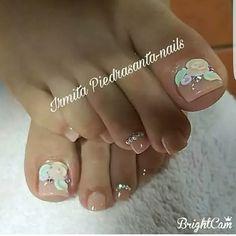 Gorgeous Nails, Love Nails, Pretty Nails, Pedicure Nail Art, Toe Nail Art, Bridal Nail Art, Feet Nails, Diy Nail Designs, Luxury Nails