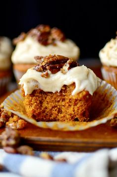 PUMPKIN Cupcakes with Browned Butter Cream Cheese Frosting and Sugared Pecans .. moist and delicious pumpkin cupcakes in all the land. Pure HEAVEN! http://thecupcakedailyblog.com/pumpkin-cupcakes-with-browned-butter-cream-cheese-frosting-and-sugared-pecans/   #pumpkin #cupcakes #creamcheese #frosting #pecans #cupcake #recipe #baking