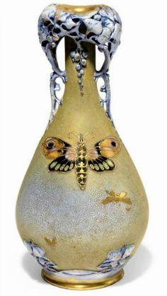 Stellmacher & Kessel Riessner - Art Nouveau Amphora Vase