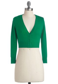 The Dream of the Crop Cardigan in Kelly Green. Are you looking for a sublimely stylish specimen of a sweater to come along and add a dollop of darling to your wardrobe? #green #modcloth