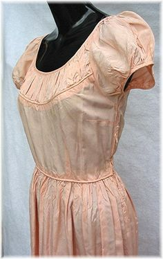 Vintage 1930s party dress Peach Taffeta ruched by bonitalouise
