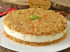 Crispy Outside, Crispy Inside, A Delicious Dessert: Muhallebili Kadayıf Cake - Kuchen Rezepte Turkish Recipes, Mexican Food Recipes, Candy Recipes, Sweet Recipes, Köstliche Desserts, Dessert Recipes, Cake Recipe Using Buttermilk, Pizzelle Recipe, Custard Cake