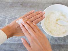 DIY-Anleitung: Handpeeling mit Meersalz und Mandelöl selber herstellen via DaWanda.com