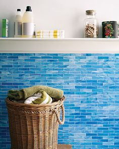 12 tips for a squeaky clean bathroom.