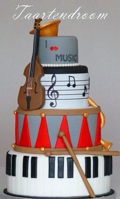 Why are there so many music cakes! Gorgeous Cakes, Pretty Cakes, Cute Cakes, Amazing Cakes, Music Themed Cakes, Music Cakes, Unique Cakes, Creative Cakes, Fondant Cakes