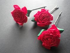 Roses are Red Violets are Blue by Valerie on Etsy #etsy #temptteam #treasuryblastoff