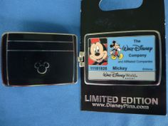 MICKEY Disney Pin  CAST MEMBER EXCLUSIVE  2013 WALLET OPENS LE cast ID NEW