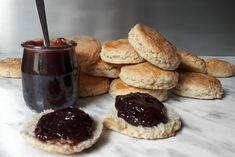 Scones – brytyjskie bułeczki Scones, Pancakes, Cheesecake, Breakfast, Fitness, Desserts, Food, Morning Coffee, Tailgate Desserts