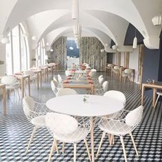 Loving the design of the breakfast space at @lecouventdesminimes @smithhotels Can't get enough of the croissants and cappuccinos here