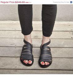 sangles en cuir sandales noir sandales que nit autour de la cheville à proximité / confortables chaussures