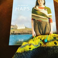 @badtemperedcat the book of haps knit along that's what's happening :-) #hapsarehappeningkal