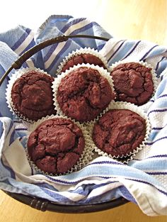Red Velvet Chocolate Chip Muffins - The Sensitive Pantry - Gluten-free, Egg-free, Dairy-free, & Vegan Recipes Egg Free Chocolate Cake, Chocolate Chip Muffins, Mini Chocolate Chips, Chocolate Cupcakes, Egg Free Recipes, Allergy Free Recipes, Yummy Recipes, Vegan Recipes, Red Velvet Muffins