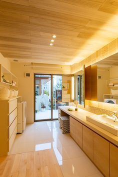 Bathroom Toilets, Washroom, Laundry Design, Natural Interior, Neat And Tidy, Japanese House, Life Organization, Cozy House, Powder Room