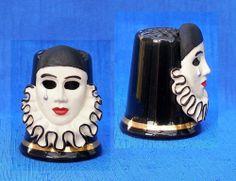 Pierrot Thimble | eBay /  Jan 21, 2014 / GBP 32.00