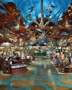 c84e99d1ce Bass Pro Shop interior Fishing Shop