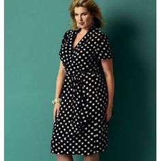 BUTTERICK B5898 MODERN FIT MISSES WRAP DRESS (WOMAN SIZE: XX1, 1X, 2X, 3X, 4X,5X, 6X) ~ SEWING PATTERN Price: $6.60 Short Beach Dresses, Short Mini Dress, Clothing Patterns, Dress Patterns, Sewing Patterns, Pattern Dress, Robes Dos Nu Maxi, Patron Butterick, Off Shoulder Lace Dress