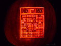Gaming Pumpkins: The most epic Halloween video game of all time, Jack O Lanterns - Halloween Suggestions Pumpkin Art, Pumpkin Carving, Halloween Video Game, Halloween Stuff, Jack O'lantern, Mind Benders, Popular Artists, Gourd Art, Halloween Pumpkins