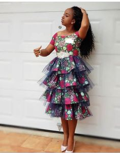 Check out This Lovely Classical Ankara Short Gown .Check out This Lovely Classical Ankara Short Gown Ankara Styles For Kids, African Dresses For Kids, Ankara Dress Styles, African Wear Dresses, African Fashion Ankara, Latest African Fashion Dresses, African Print Fashion, African Attire, 50s Dresses