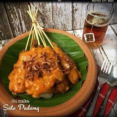 Sate Padang Sate Padang, Indonesian Cuisine, Indonesian Recipes, Malaysian Food, Asian Recipes, Asian Foods, Yummy Recipes, Street Food, Food To Make