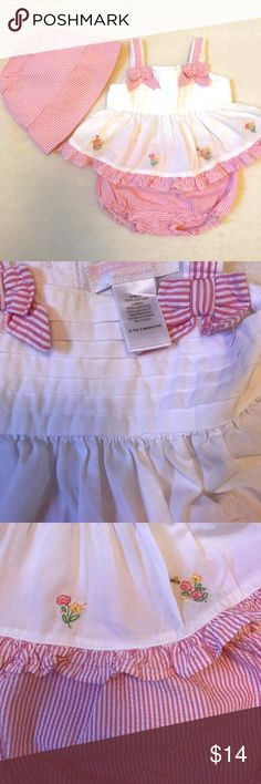 Janie & Jack Pinstriped Romper + Hat Janie and Jack 3 piece outfit includes sweet Top with buttons down back, and coordinating pink pinstripe bloomer style bottoms. Matching bonnett style hat included. Size 0-3 Months. EUC. Janie and Jack Matching Sets