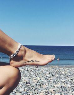 Sexy Foot Tattoo Is Your Next Choice - Page 14 of 16 - Dazhimen Wave Tattoo Foot, Shape Tattoo, Simple Wave Tattoo, Surf Tattoo, Tattoo Moon, Tattoo Girls, Girl Tattoos, Tattoo Baby, Leg Tattoos