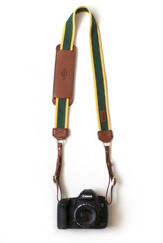 Any avid #Baylor photographers out there? // The Bagby Fotostrap, created by a Baylor alum in recognition of her alma mater. #SicEm