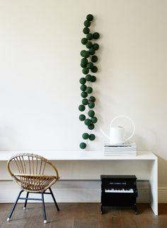 Mooie, gezellige sfeerverlichting vinden is niet altijd gemakkelijk. Met onze lichtslingers van Cotton Ball Lights kun jij precies de kleuren van jouw interieur laten terug komen in de lichtslinger. Dit kan via onze mix & match tool op de website. Er zijn meer dan 60+ verschillende kleuren, dus de keuze is reuze! Light Colors, Colours, Cotton Ball Lights, Trendy Colors, Planting Succulents, Mix Match, Fairy Lights, Cacti, String Lights