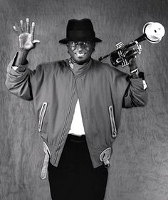 """The photo """"Miles Davis"""" has been viewed 893 times. Jazz Artists, Jazz Musicians, The Ink Spots, Man Of Mystery, Jazz Radio, Blue Cafe, Party Like Its 1999, Soul Jazz, Miles Davis"""