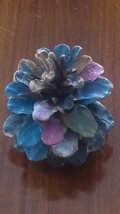 Painting pinecones! Cheap, easy and cute! #crafts