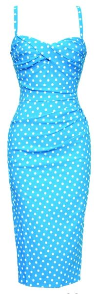The perfect polka-dot dress to cool down in this summer!