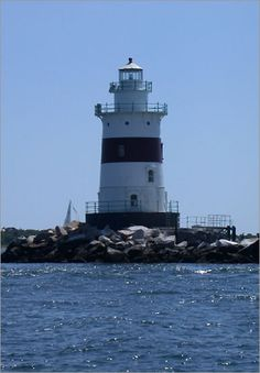 Built in 1884, there is some debate as to whether this lighthouse is actually in Connecticut or New York. It is located on Fishers Island Sound, 4 miles from Mystic, and can viewed from the Connecticut shore.