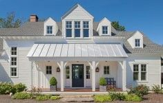 Curb Appeal Makeover With Lowe's via Farmhouse Boones // Modern Farmhouse Front Porch, Modern Farmhouse Exterior Front Door Entrance, House Entrance, Entrance Decor, Entrance Ideas, Entrance Design, House Doors, Front Entrances, Front Entry, Exterior House Colors