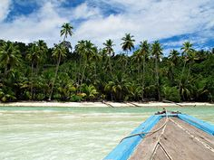 Togean Islands - Deserted beach in Malengue by pacoalfonso, via Flickr