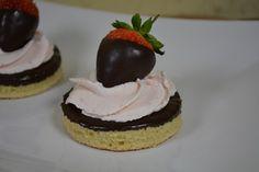 Der Kuchenbäcker: Kleine Erdbeerküchlein, die Zweite