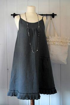 BY PIA`S: PELLAVAMEKKO-LINEN DRESS
