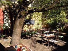 "Terrasse ""Due"" http://www.123terrasse.fr/due #coffee #bar #restaurant #soleil #terrace #Lyon #spot #sun #jardin #garden"