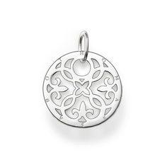 ornement Pendentif avec boucle argent sterling 925 La médaille arabesque est un bijou incontestablement tendance du fait de sa découpe moderne en argent sterling. De toute beauté lorsque mise en valeur par la médaille en onyx ou en nacre. Taille: 2,2 cm