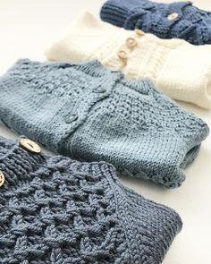 Strukturstrikk #knittinginspiration#knitspiration#knitinspire#instaknitters#strikktilbarn#babystrikk#guttestrikk#barnestrikk#babyknits#knitforboys#neatknitting#ministil#kids_knitting_inspiration#knitinspo123#norwegianmade#norwegianmadeknitting #knitting_inspiration#knitting#instaknit#knitstagram#knittersofinstagram#i_loveknitting#knittinglove#knitting_is_love#strikking